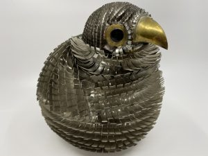 Poule en métal 17 cm